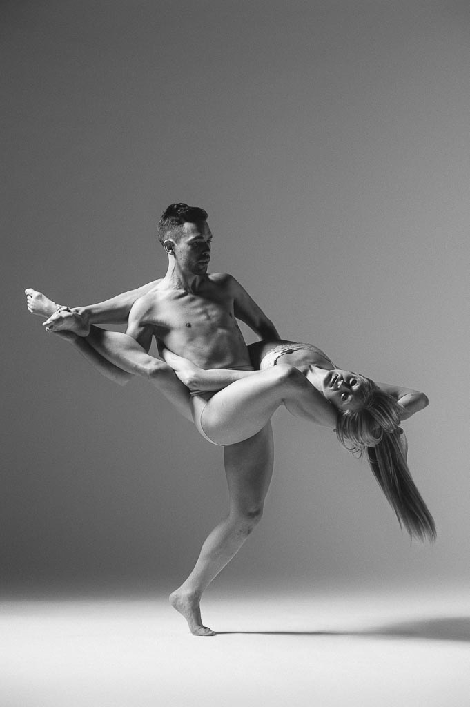 Chase Wise and Molly Davenport of Odyssey Dance Theatre